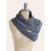Tri-Button Cowl PDF