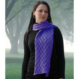 Cascade Yarns W518 Avalon Grapevine Wrap (Free)