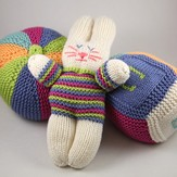Valley Yarns 405 Huggable Toys Kit