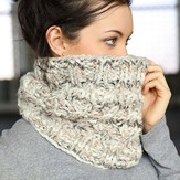 Plymouth Yarn F716 Cabled Cowl (Free)