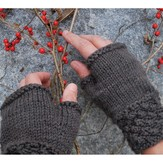 Swans Island Blackberry MItts PDF
